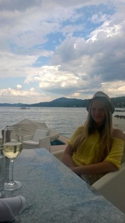 Falkensteiner Schlosshotel Velden: Seespitz restaurant at Beach Club