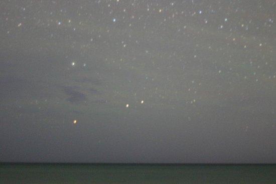 Sol Cayo Guillermo: Night sky