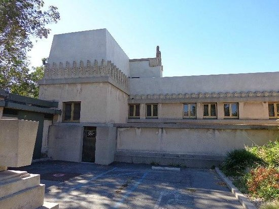 Hollyhock House: vista externa
