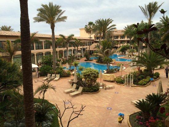Gran Hotel Atlantis Bahia Real: Poolanlage