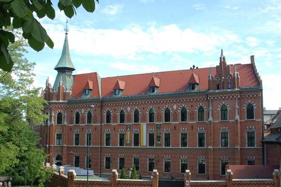 DLI Travel - Spiritual Holiday Day Tour: Poland