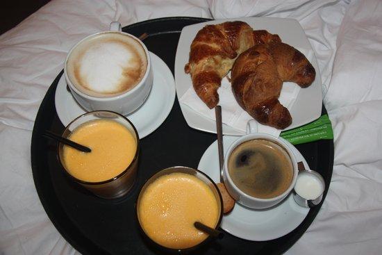 Hotel Chelsea: Desayuno en la habitación