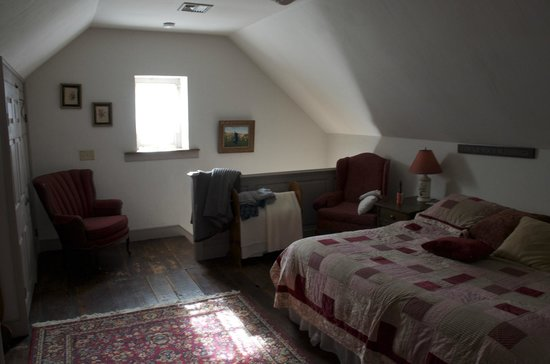 Churchtown Inn Bed and Breakfast: upstairs bedroom