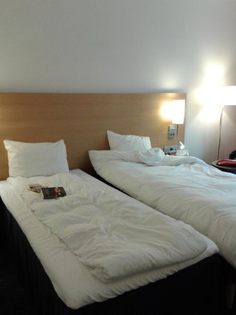 Park Inn by Radisson Oslo: corridoio
