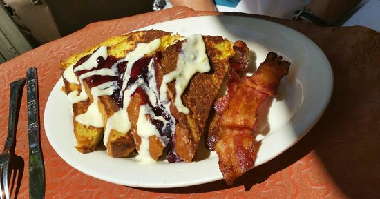 Mayfel's : French Toast with fresh Blueberries