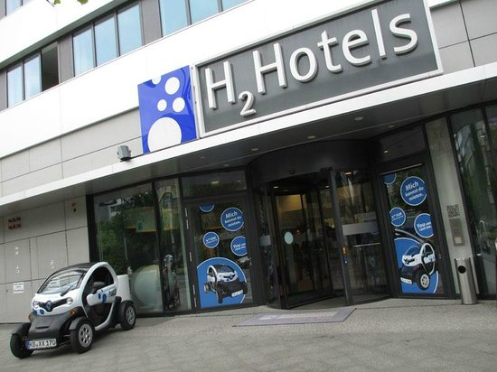 H2 Hotel Berlin Alexanderplatz : The hotel is situated near the Alexanderplatz