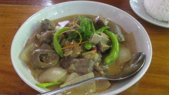 Kinabuch Grill & Bar: goat dish
