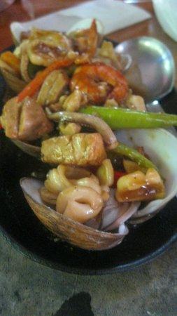 Kinabuch Grill & Bar: seafood dish