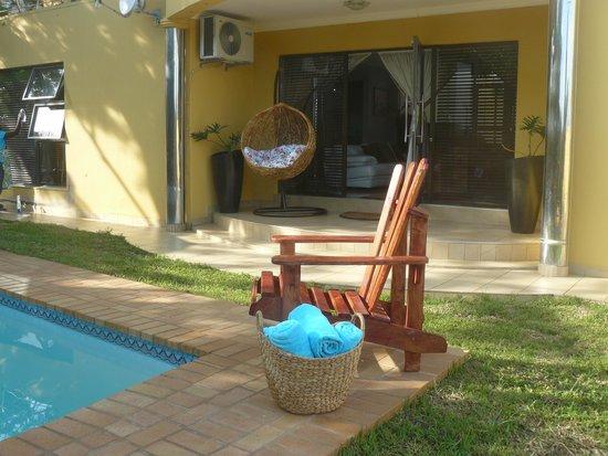 Ezulwini Guest house : front door