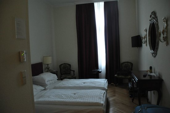 Graben Hotel: Actual room after room was made