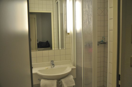 Graben Hotel: bathroom