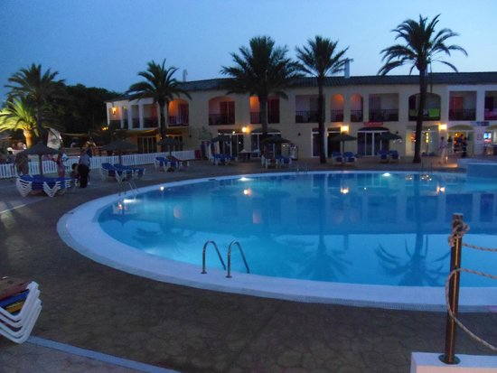 Sol Falco All Inclusive : piscina del villaggio