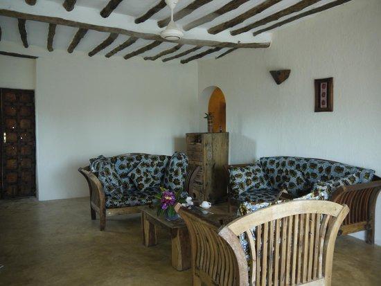 The Zanzibari: Lounge in the Bustani Suite
