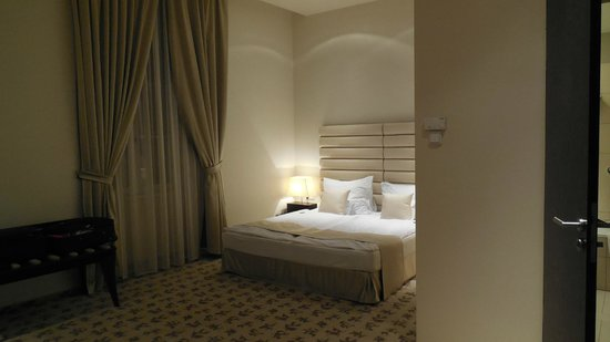 Buda Castle Fashion Hotel: Rooms are very spacious