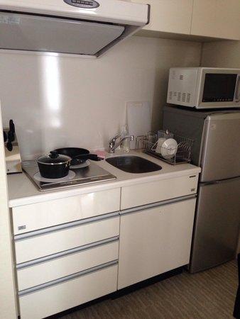Fraser Residence Nankai Osaka : The kitchenette