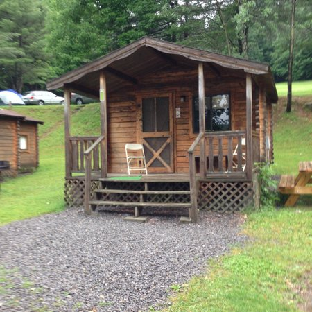 Yogi Bear's Jellystone Park - Cooperstown: 2 Room Rustic Cabin