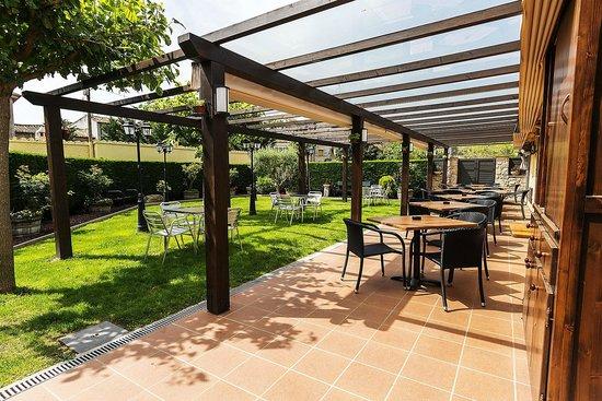 Hotel La Quadra : Terraza