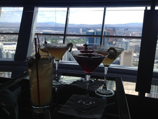 Level 107 Happy Hour Picture Of Stratosphere Hotel