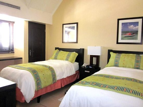Amsterdam Manor Beach Resort: Suíte two bedrooms - quarto 1