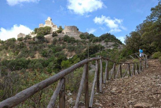 Il Parco Archeominerario di San Silvestro: rocca di san silvestro