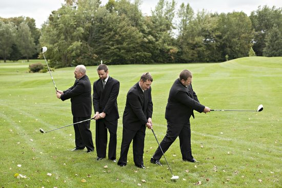 Golden Sands Golf Course: Groom & Guys having fun!