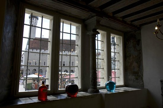 Town Council's Aphothecary : Interiör