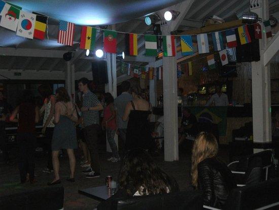 Camping Le Boudigau: soirée dansante
