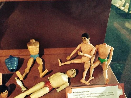 V&A Museum of Childhood: injured action men?????