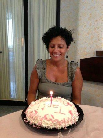 Hotel Solemare: Torta di compleanno a sorpresa