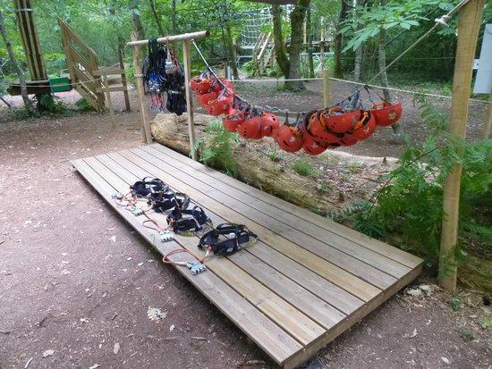 Coolongalook Parc Aventure : Le matos' avant de monter