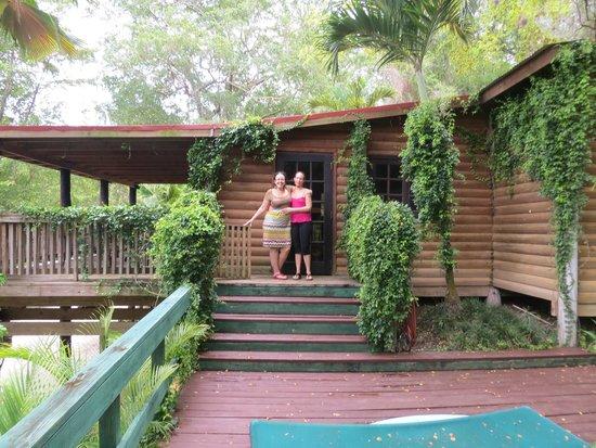Arabian Farm Luxury Villas: salida hacia la terraza /piscina