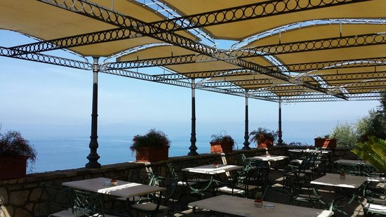 Hotel Mega Mare: Terrazzo