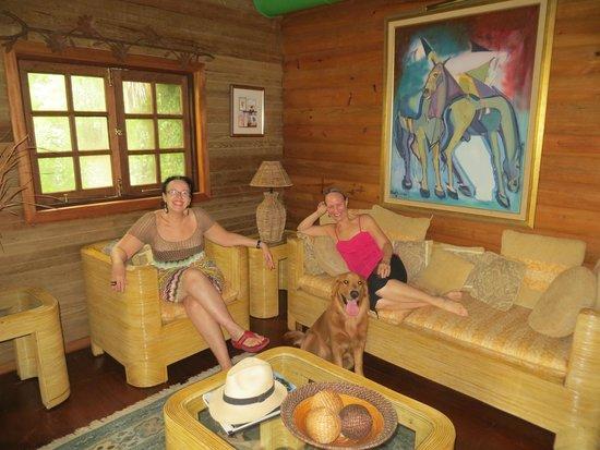 Arabian Farm Luxury Villas: en la sala de la villa.