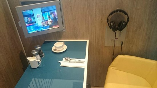 Novotel Manchester Centre: TV Supper?