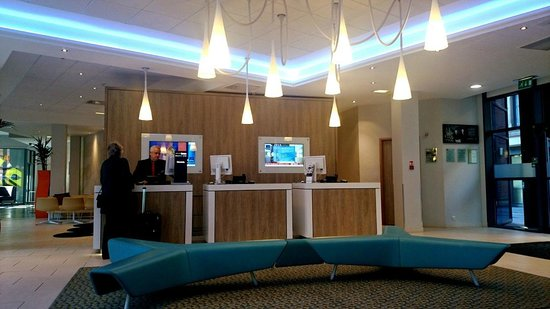 Novotel Manchester Centre: Check In