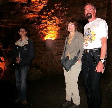 Lincoln Caverns and Whisper Rocks : Amy & Gene with our tour guide Nelson