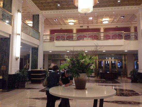 The New Yorker A Wyndham Hotel : Interni, particolare della hall