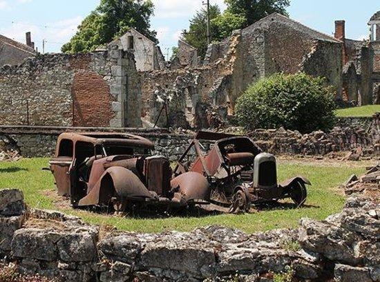 Vieille ville d'Oradour-sur-Glane : As it was in 1944.