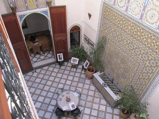 dar gnaoua: Atrium