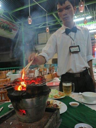 Luong Son (Bo Tung Xeo): great service