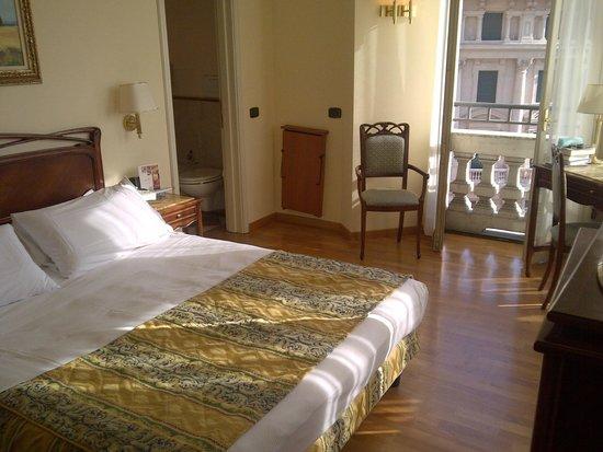 Hotel Continental Genova: room