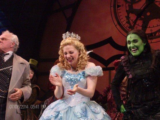 Wicked: The Wizard, Glinda & Elphaba