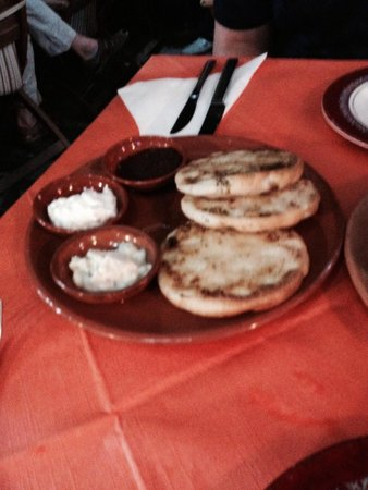 Pitta with 3 dips