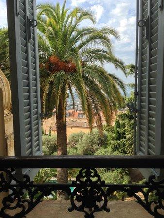 La Rivolte : Bedroom View - top floor