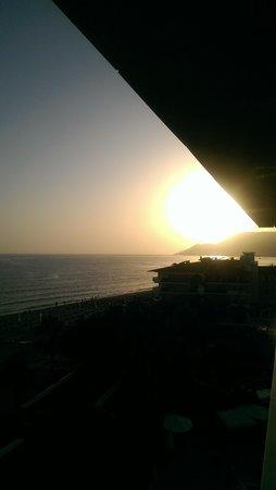 Azak Beach Hotel: solnedgang