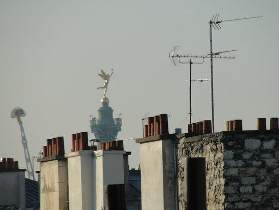 Ibis Bastille Opera: Vista da janela do quarto.
