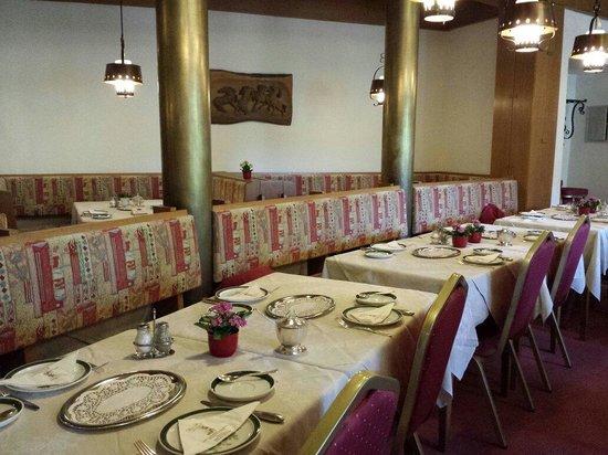 Post-Hotel : Sala colazione