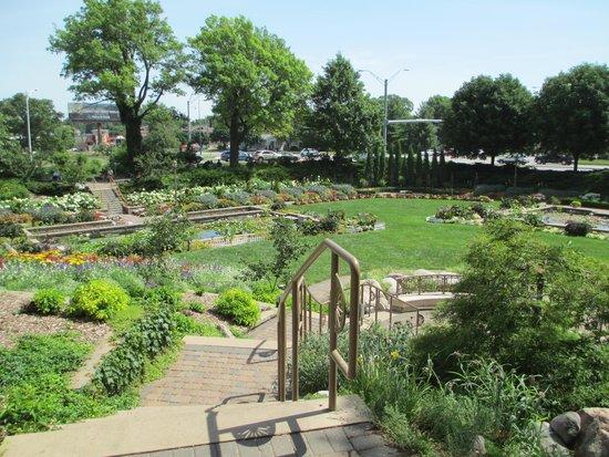 Sunken Gardens: A colourful display