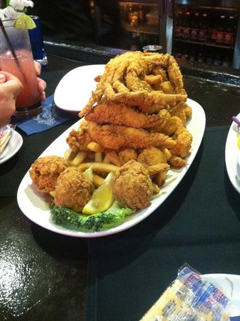 Deanie's Seafood: half order