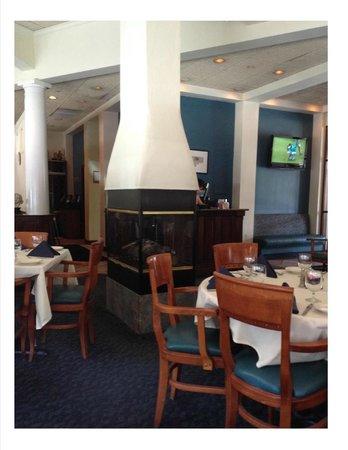 Aegean Restaurant: Just inside